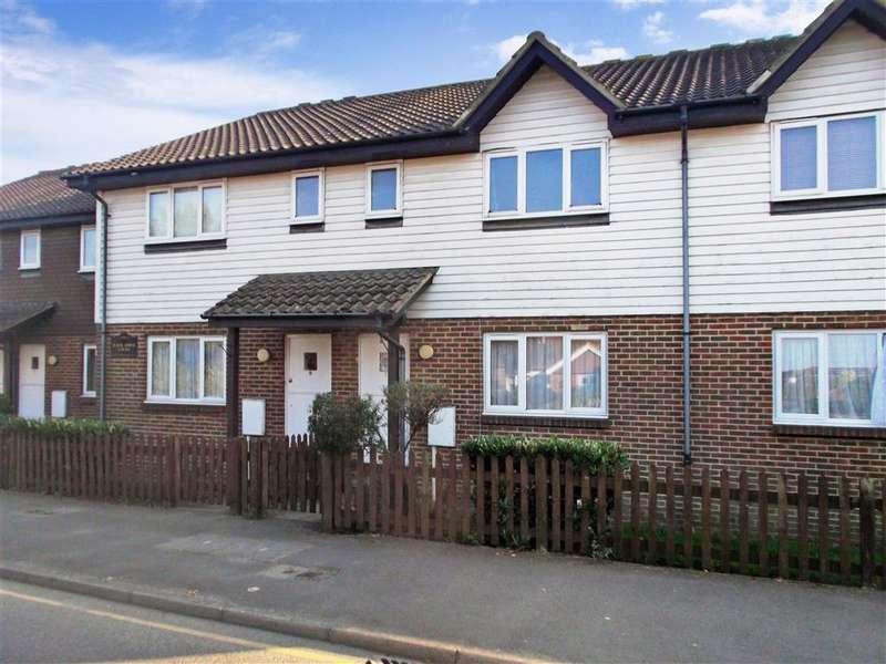 1 Bedroom Flat for sale in Wheeler Street, Headcorn, Ashford, Kent