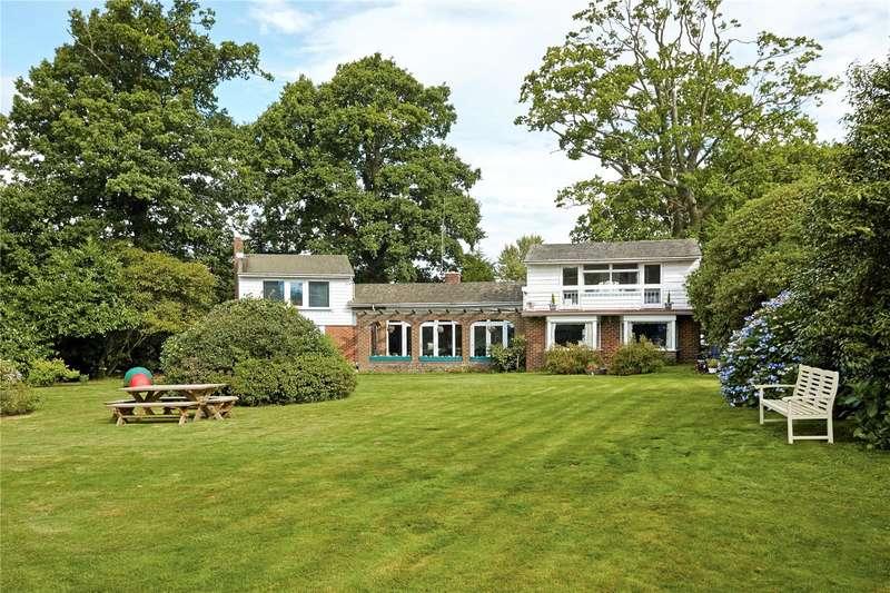 5 Bedrooms Detached House for sale in Plawhatch Lane, Sharpthorne, East Grinstead, West Sussex, RH19