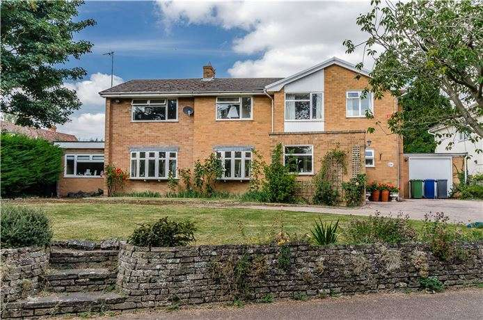 5 Bedrooms Detached House for sale in Huttles Green, Shepreth, Nr Royston