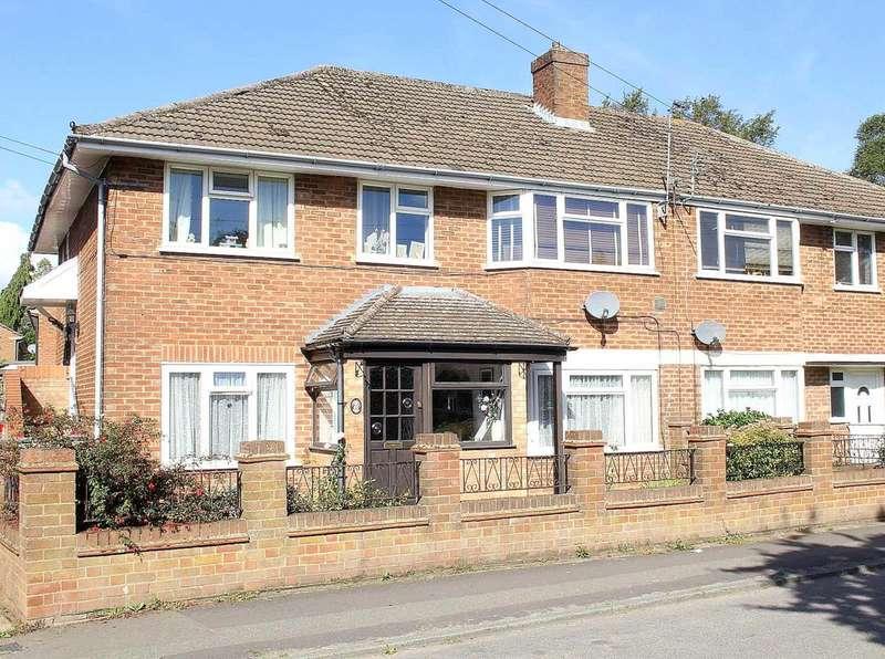 2 Bedrooms Maisonette Flat for sale in Old Dean, Hemel Hempstead