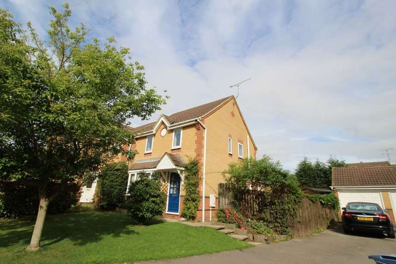 3 Bedrooms Detached House for sale in Halliday Close, Worksop, S80