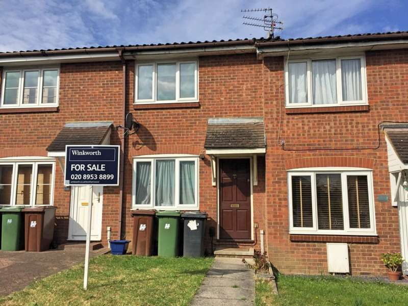 2 Bedrooms Terraced House for sale in Dunnock Close, Borehamwood, Hertfordshire, WD6
