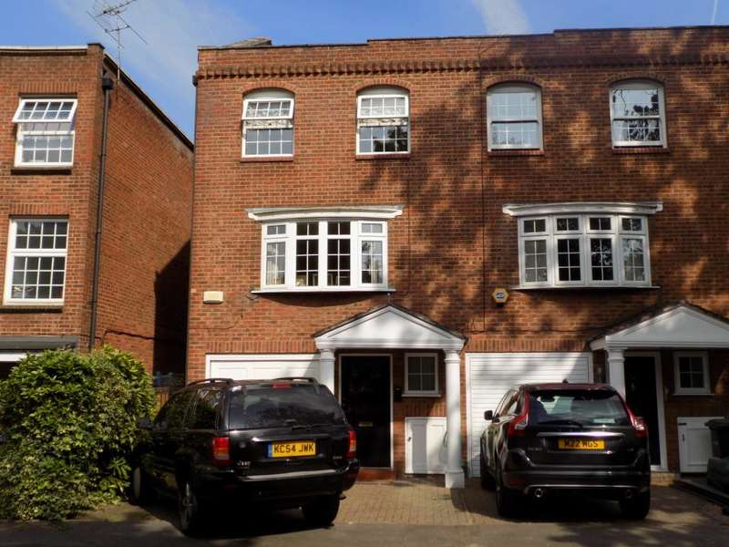 4 Bedrooms End Of Terrace House for sale in Illingworth Way, Enfield, EN1