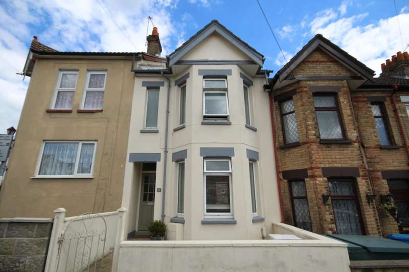 3 Bedrooms Terraced House for sale in Warren Road, Lower Parkstone, Poole, Dorset, BH14