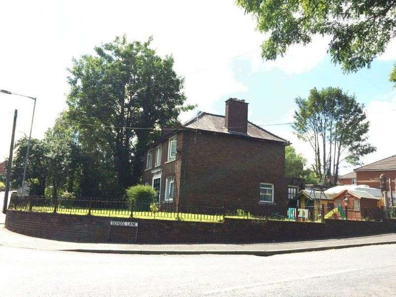 3 Bedrooms Detached House for sale in Greenfield Road, Holywell