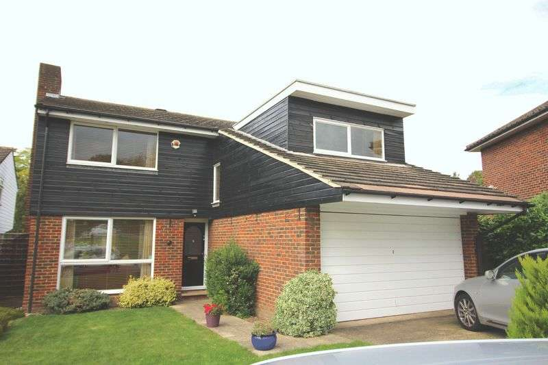 4 Bedrooms Detached House for sale in Ridge Langley, Sanderstead, surrey