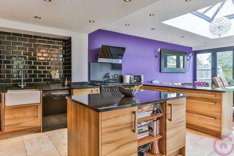 3 Bedrooms Semi Detached House for sale in Cirencester Road, Cheltenham