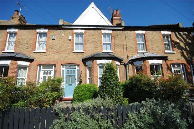 3 Bedrooms Terraced House for sale in Laurel Avenue, Twickenham