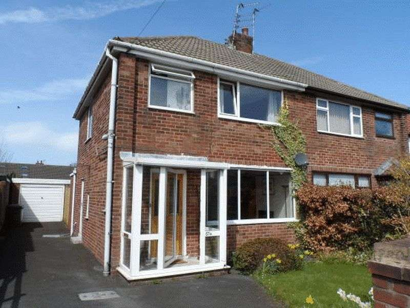 3 Bedrooms Semi Detached House for sale in 57a Blackpool Road, Carleton Lancs FY6 7QB