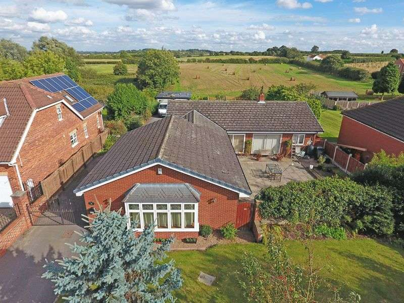 3 Bedrooms Detached Bungalow for sale in Everton, Doncaster