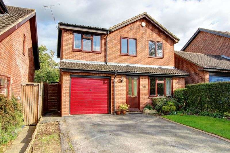 4 Bedrooms Detached House for sale in Seward Rise, Halterworth, Romsey