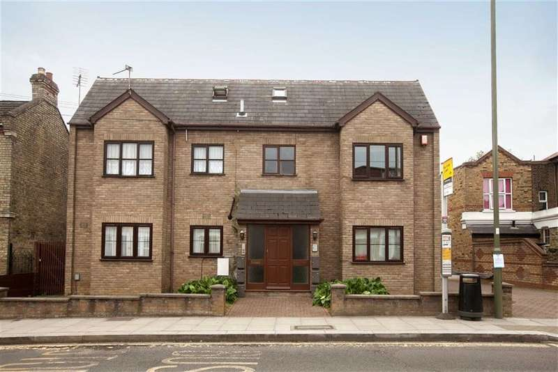 2 Bedrooms Property for sale in Long Lane, Finchley, London, N3