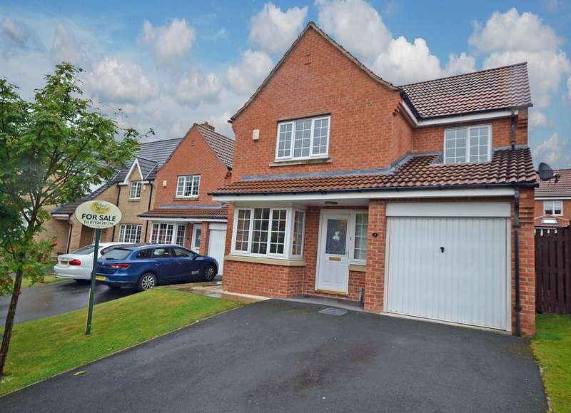 4 Bedrooms Detached House for sale in Stumps Close, Wakefield