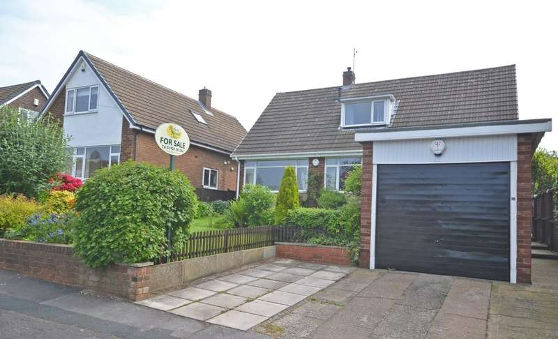 4 Bedrooms Detached House for sale in Pinders Grove, Wakefield