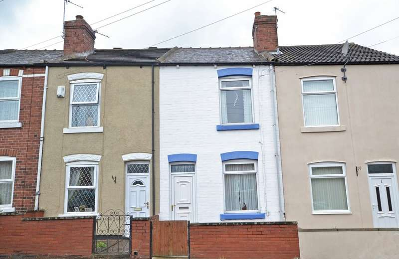 2 Bedrooms Terraced House for sale in Charles Street, Ryhill, Wakefield