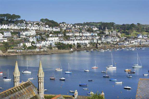 4 Bedrooms Semi Detached House for sale in Hockens Lane, Polruan, Fowey, Cornwall