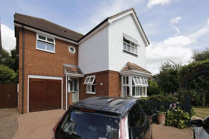 4 Bedrooms Detached House for sale in An attractive modern detached four bedroom family home extending to over 1500 sq.ft with integrated garage, off road parking for three cars and conser