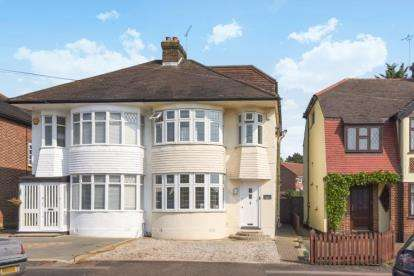 4 Bedrooms Semi Detached House for sale in Endlebury Road, London