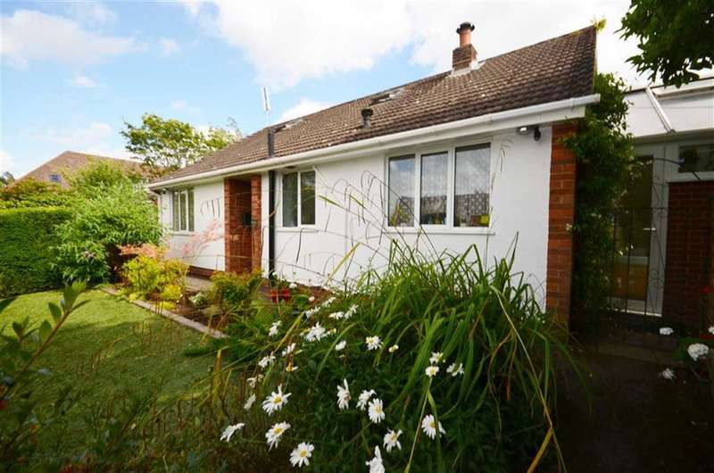 3 Bedrooms Property for sale in Upper Way, Farnham