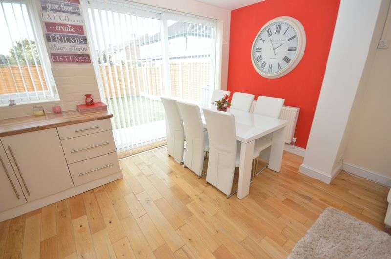 3 Bedrooms Detached House for sale in Warrington Road, Prescot