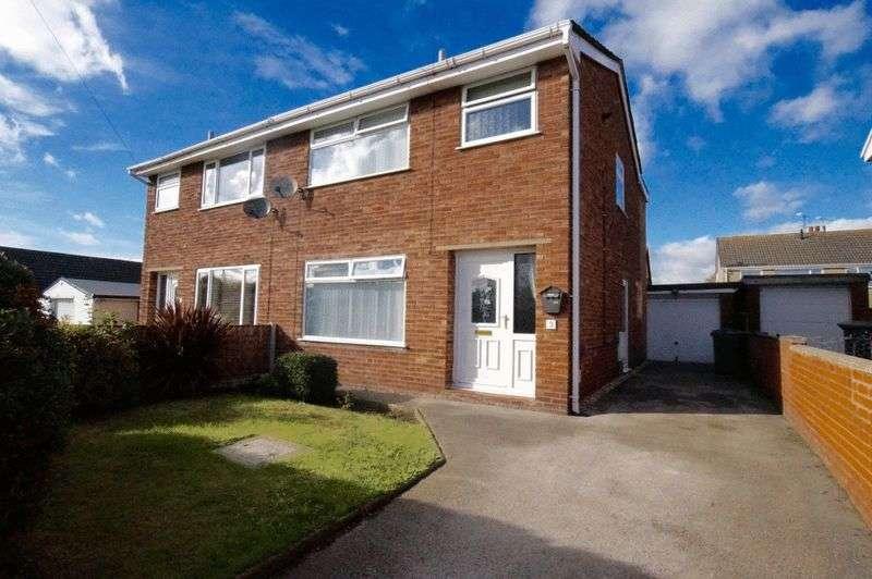 3 Bedrooms Semi Detached House for sale in Queensway, Gwersyllt, Wrexham