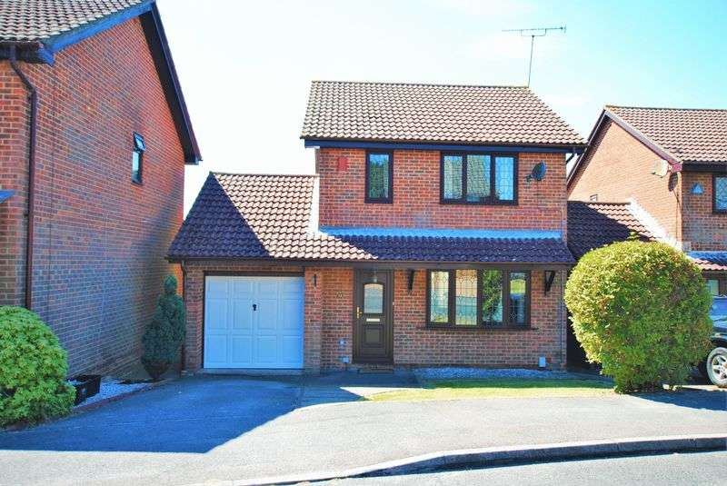 3 Bedrooms Detached House for sale in Swincombe Rise, Chartwell Green