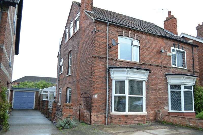 4 Bedrooms Semi Detached House for sale in Gladstone Street, Gainsborough