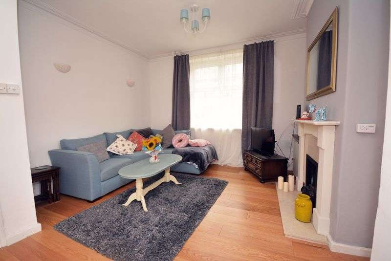 3 Bedrooms Terraced House for sale in Kent Street, Grangetown, Cardiff