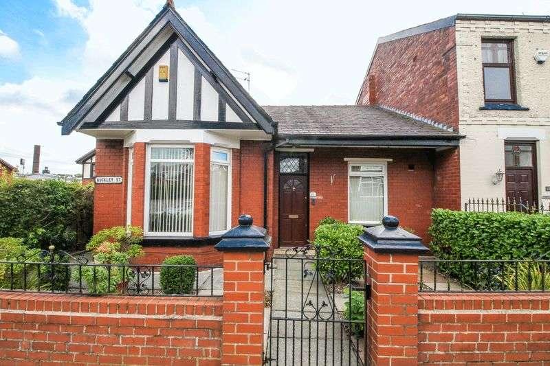 2 Bedrooms Semi Detached Bungalow for sale in Buckley Street, Wigan