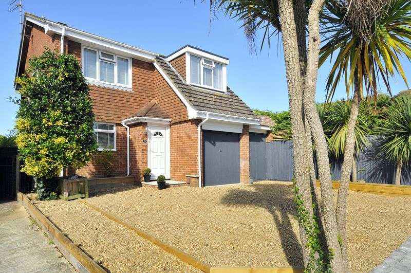 4 Bedrooms Detached House for sale in Welland Road, Worthing
