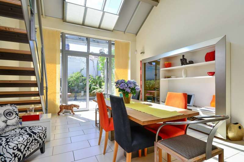 4 Bedrooms House for sale in Ilminster Gardens, Clapham Junction, SW11