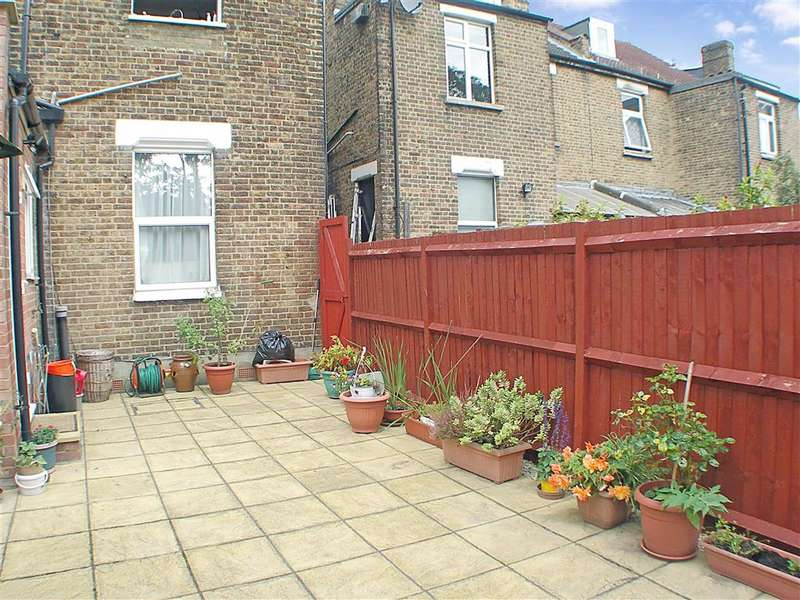 2 Bedrooms Ground Flat for sale in Cameron Road, Croydon, Surrey