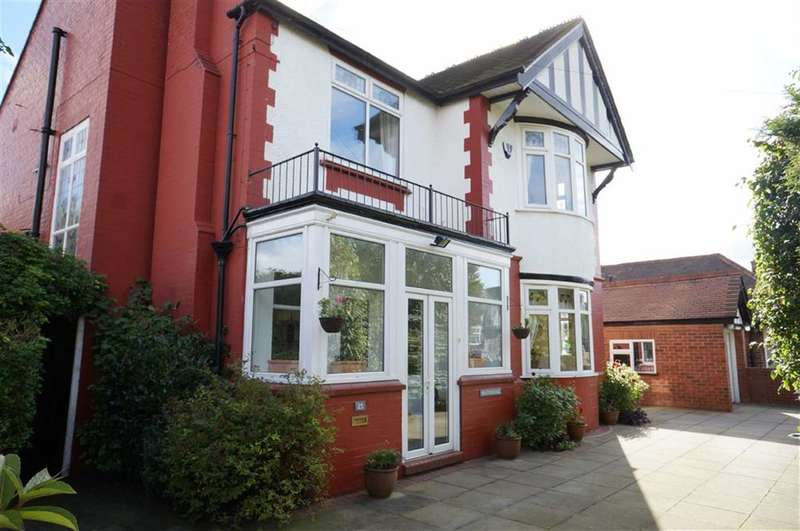 4 Bedrooms Property for sale in St Werburghs Road, Chorlton, Manchester, M21
