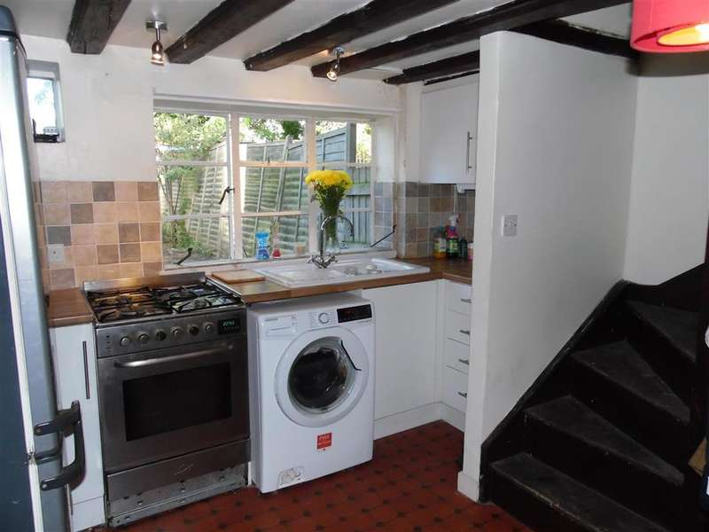 2 Bedrooms Terraced House for sale in Woodchurch, Ashford, Kent