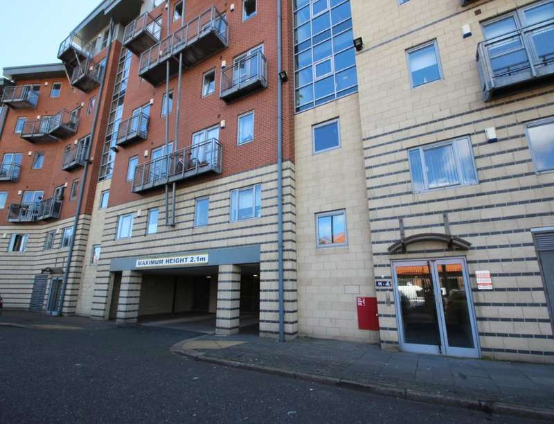 3 Bedrooms Flat for sale in River View Low Street, City Centre, Sunderland, SR1