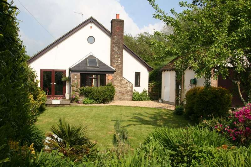 4 Bedrooms Detached House for sale in Beeches, Galpin Street, Modbury, Ivybridge
