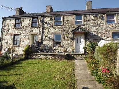 House for sale in Pen Hafodlas Bach, Talysarn, Caernarfon, Gwynedd, LL54