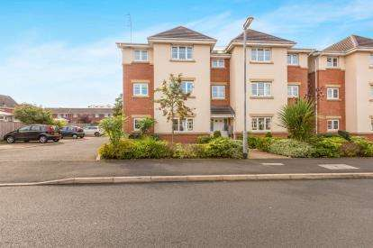 2 Bedrooms Flat for sale in Sunningdale Drive, Buckshaw Village, Chorley, Lancashire, PR7