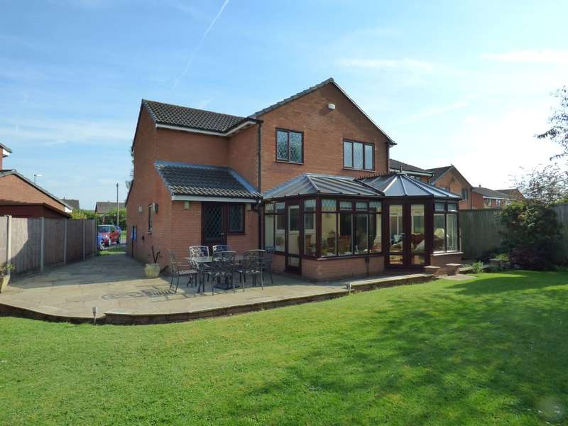 4 Bedrooms Detached House for sale in Meadow Croft, Lichfield, WS13 8LE
