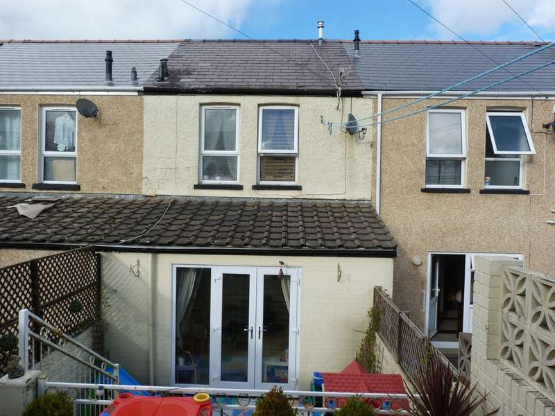 2 Bedrooms Terraced House for sale in Council Street, Ebbw Vale