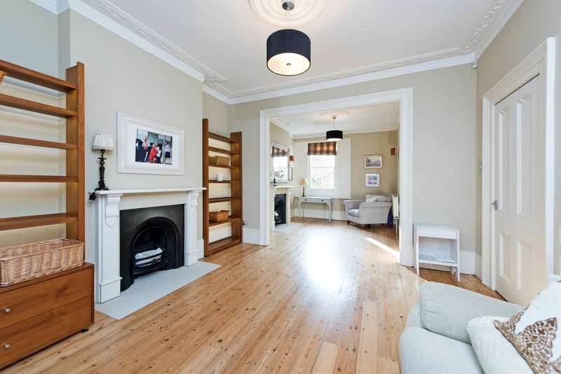 5 Bedrooms Terraced House for sale in Almeric Road, Battersea, London