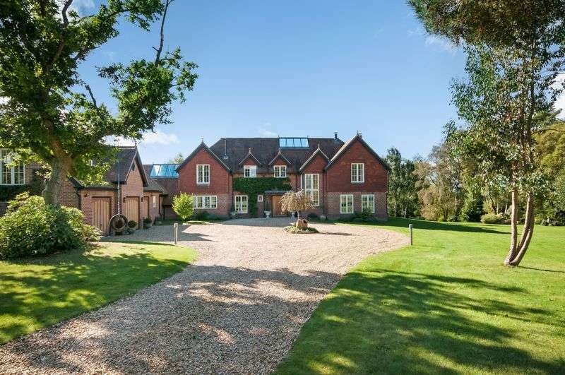 6 Bedrooms Detached House for sale in East Wellow
