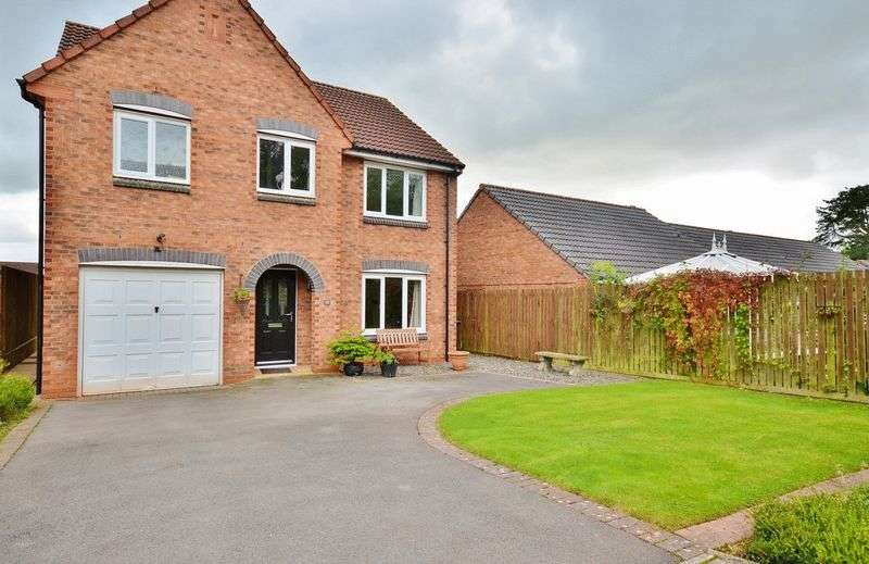 4 Bedrooms Detached House for sale in Longlands Close, Egremont