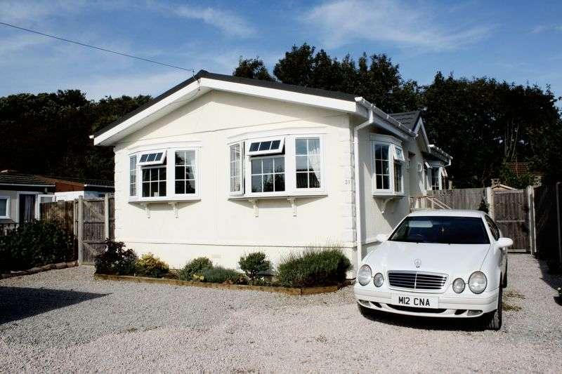 2 Bedrooms Property for sale in 31 Alderlee Park Scarisbrick PR8 5HR