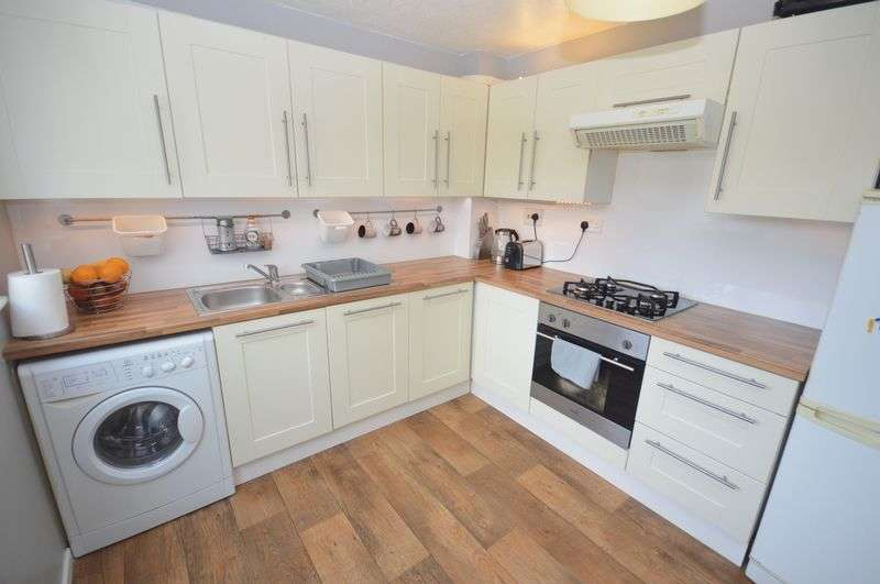 2 Bedrooms Terraced House for sale in Somerford Walk, Widnes