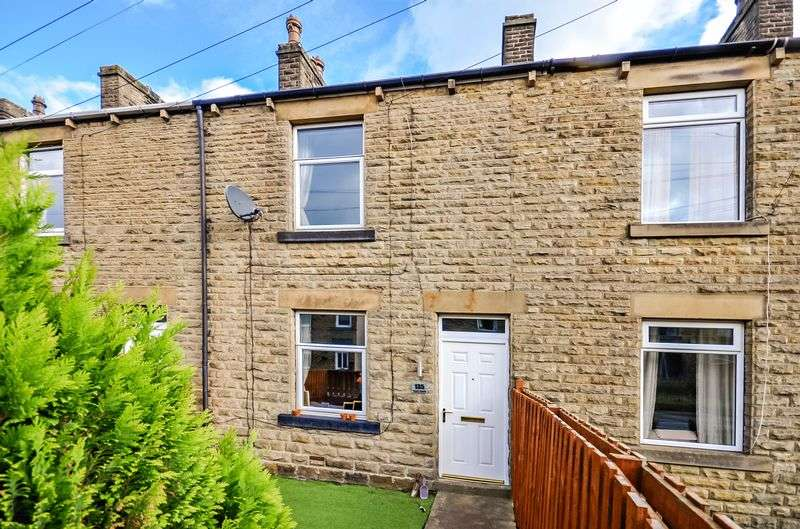 3 Bedrooms Terraced House for sale in Sheffield Road, Penistone, Sheffield, S36