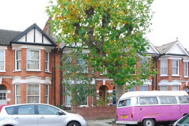 2 Bedrooms Flat for sale in Radcliffe Avenue, Kensal Green, London
