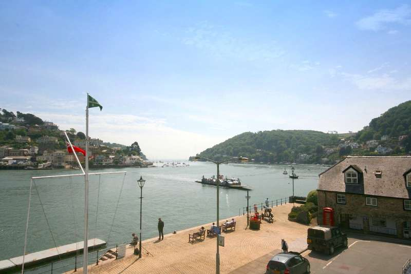5 Bedrooms Terraced House for sale in Castle View House, 21 South Embankment, Dartmouth