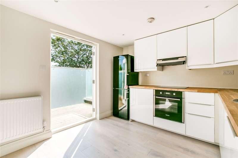 2 Bedrooms Flat for sale in St. John's Hill, London, SW11