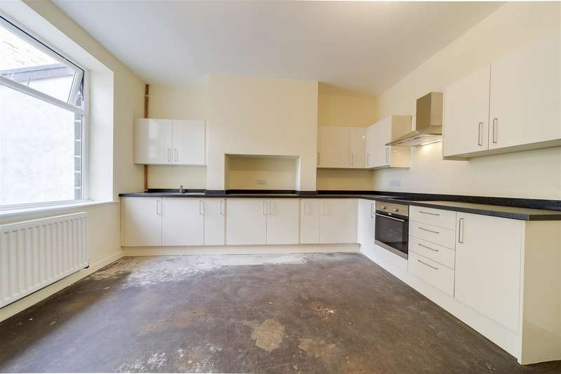 2 Bedrooms Property for sale in Newchurch Road, Stacksteads, Bacup